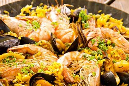 paelladeliciosa serves up their delicious authentic paella